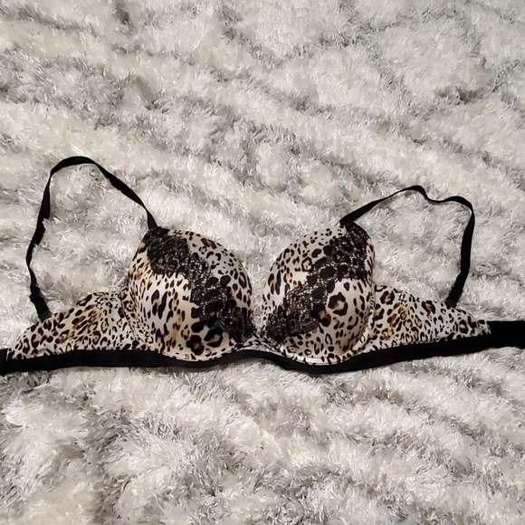 Victoria's Secret Other - VS Very Sexy Push Up Bra